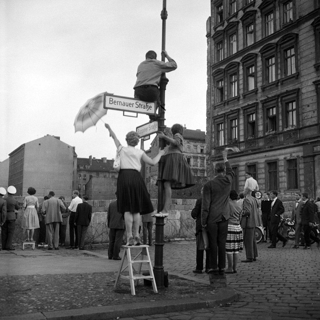 Berlin Wall 1961 (3_21.jpg