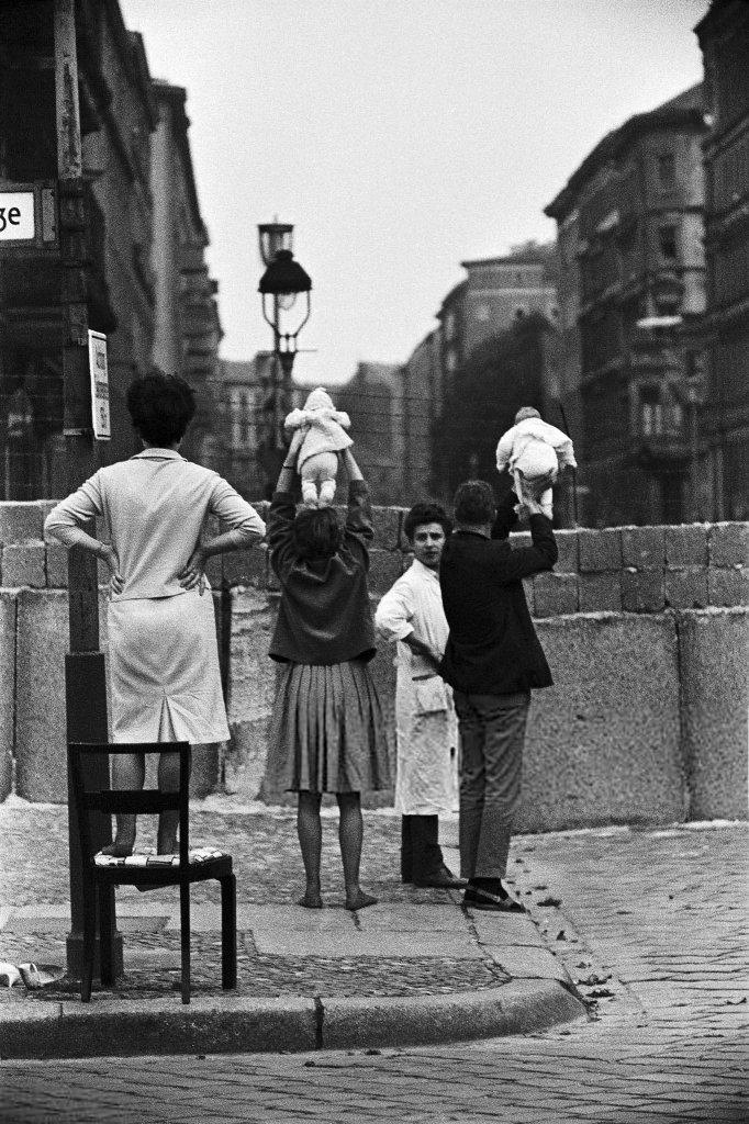 Berlin Wall 1961 (3_22.jpg