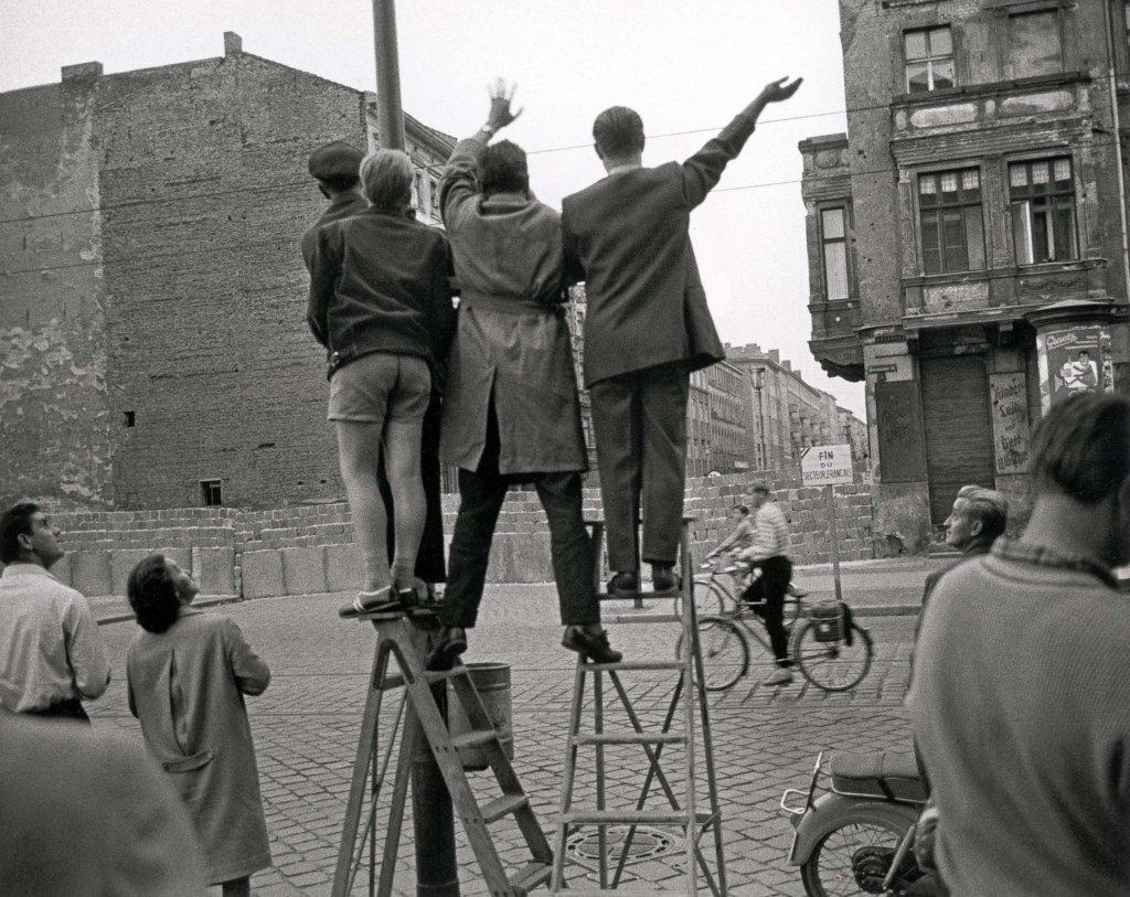 Berlin Wall 1961 (3_6).jpeg