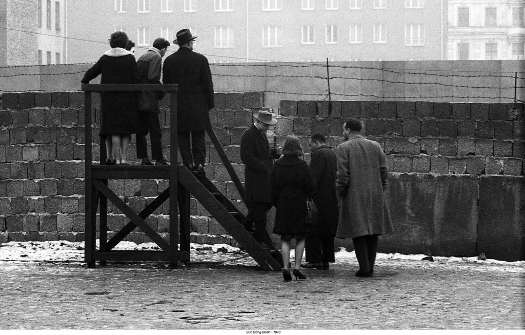Berlin Wall 1961 (3_9).jpg