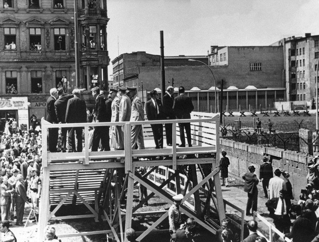 Berlin Wall 1963 (1_8).jpg