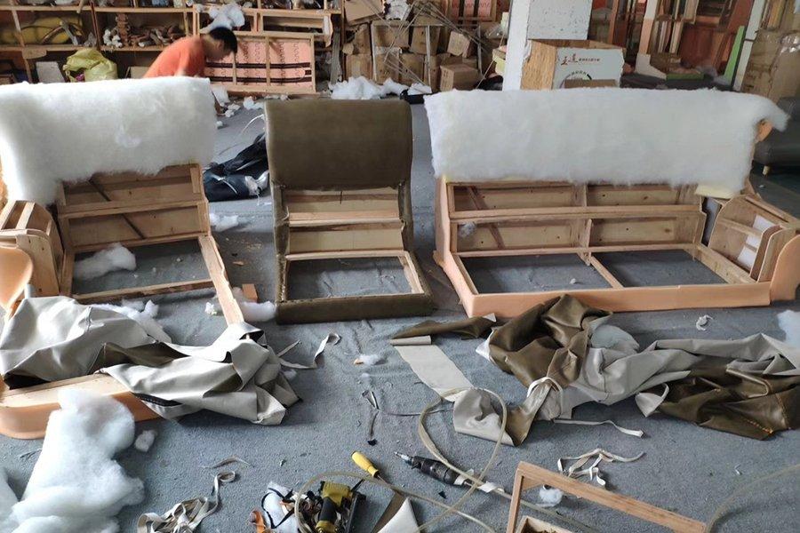 xưởng sofa khu vực vào mút