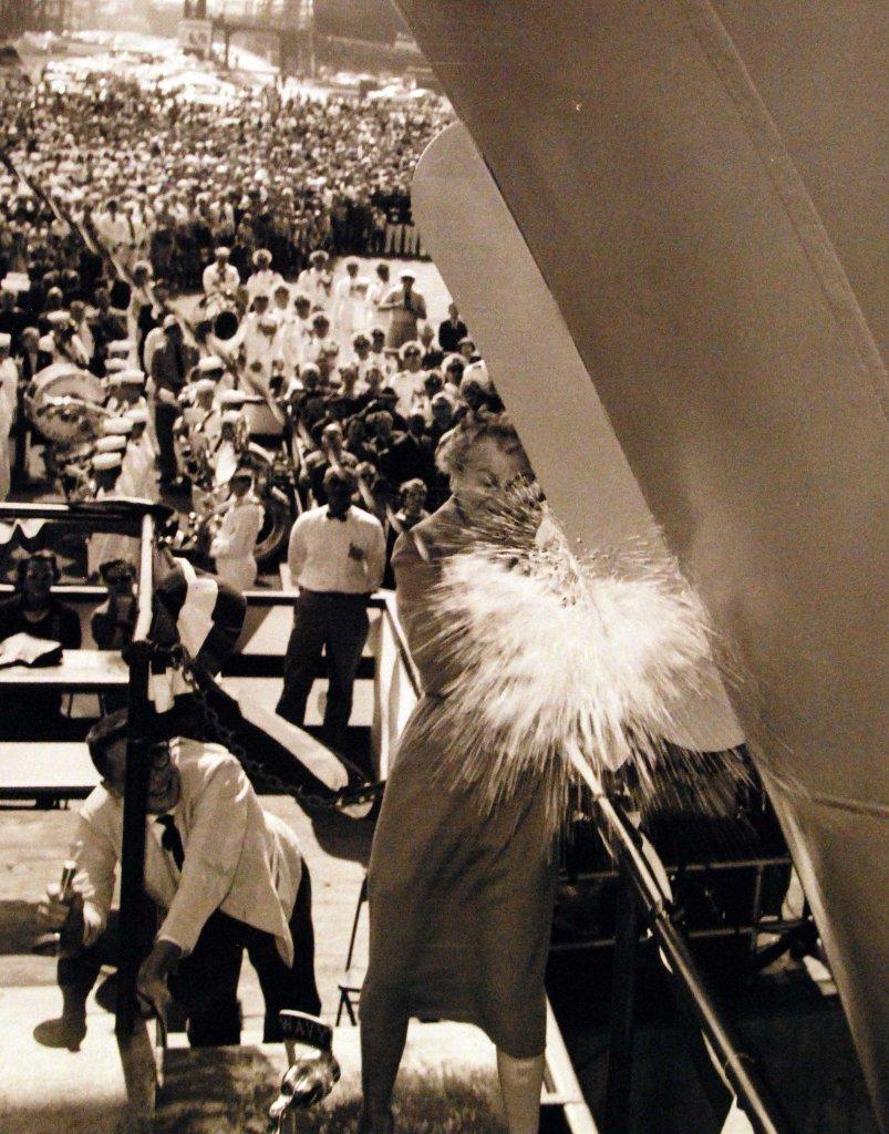 USS Enterprise (CVN-65) (1_43).jpg