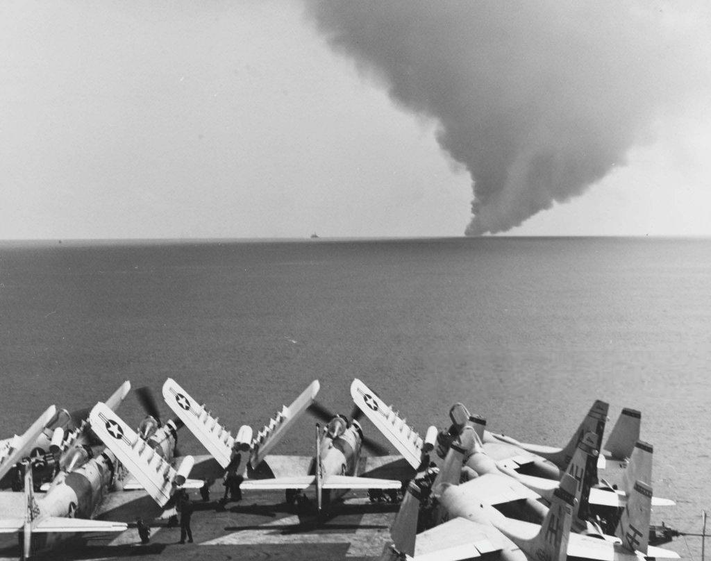 USS Forrestal (2_3).jpg